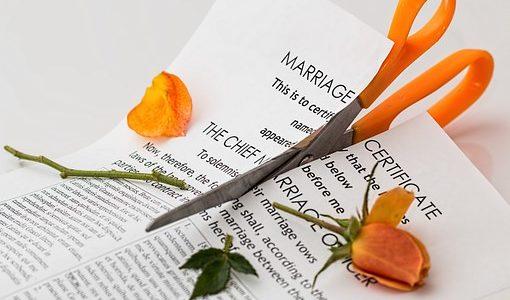 離婚を切り出される夢を見た!【夢占い】ここに潜む3つの意味とは?