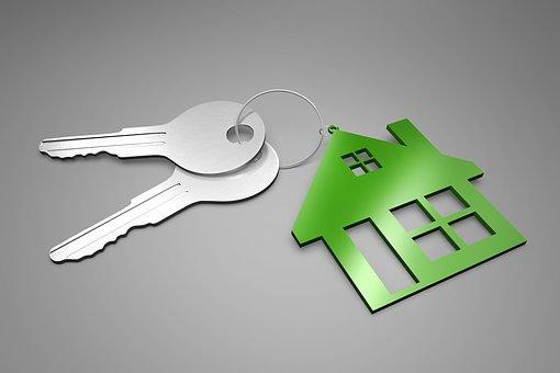 家の鍵2つ