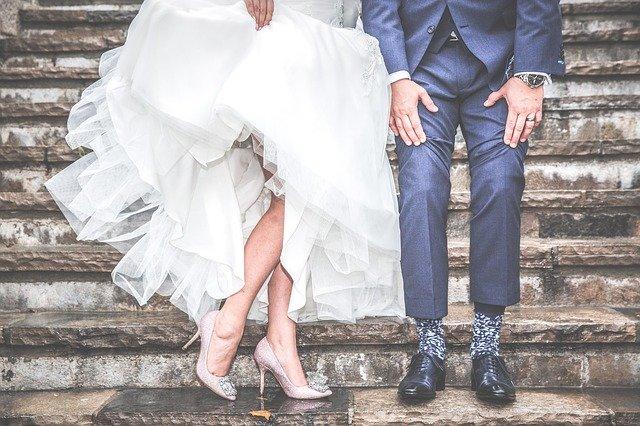 彼氏 別の人と結婚 夢占い